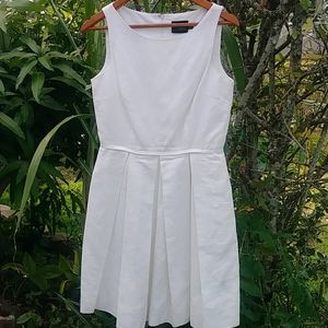 Just TAYLOR sleeveless dress size 6